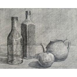 Dos botellas, manzana y tetera